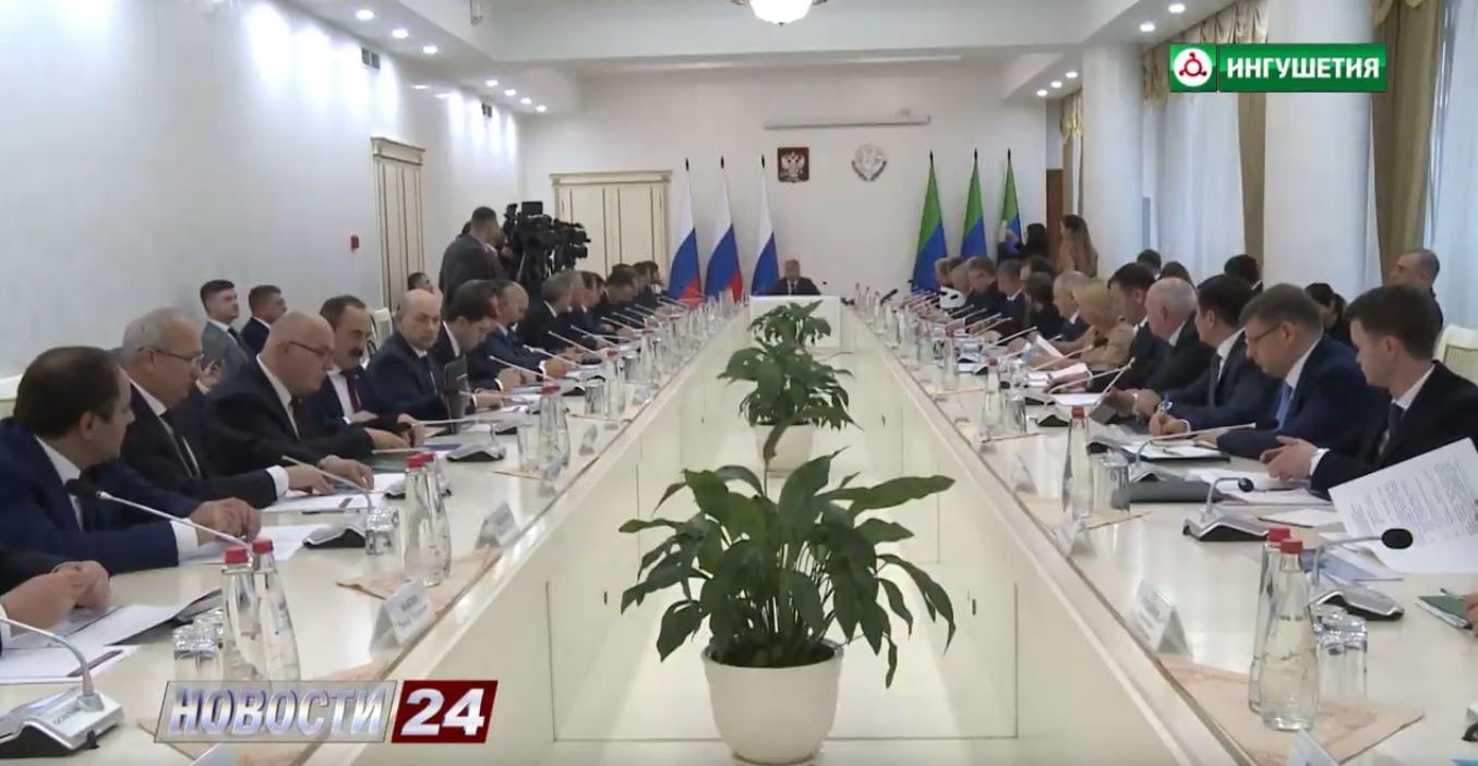 Заседание Совета при Полпреде Президента России в СКФО.