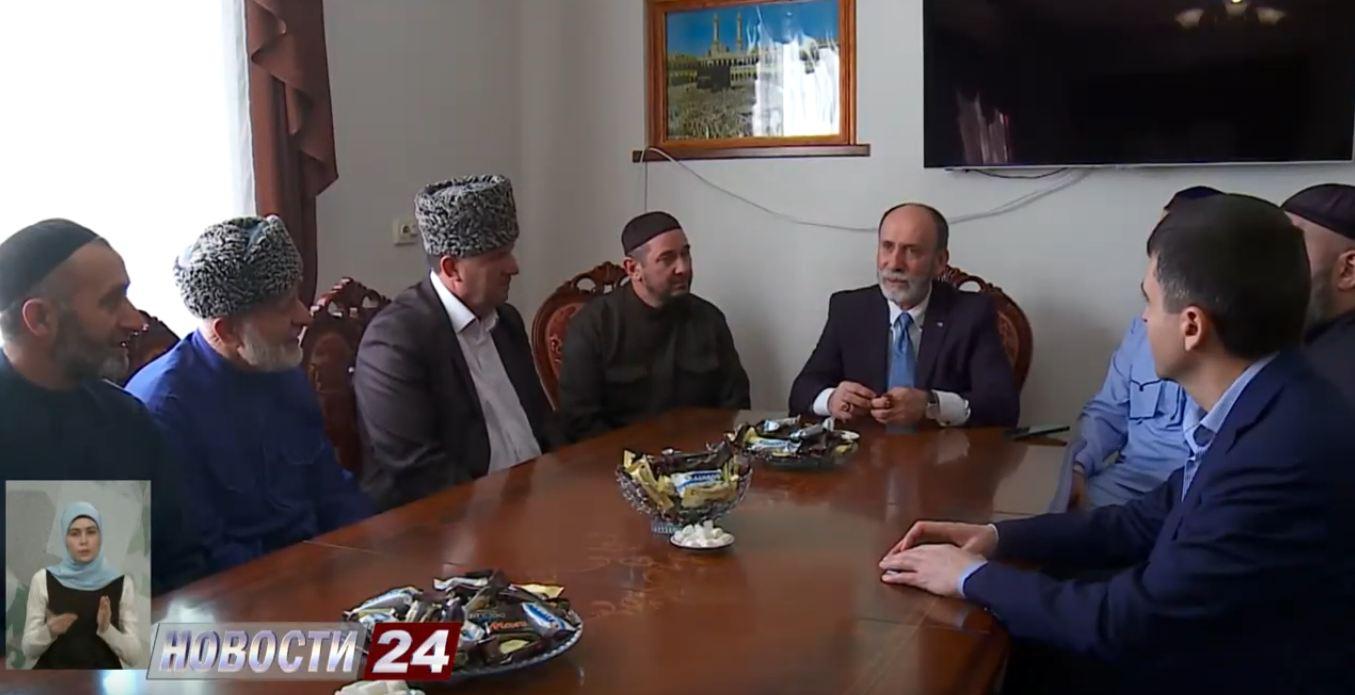 Ингушская делегация посетила Крым.